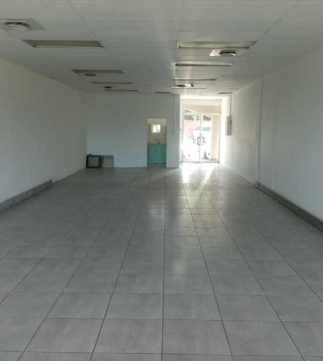 107m retail space in prime location 3.jpg