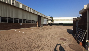 1643m2 warehouse in Prospecton with 800m2 Yard Space 2.jpg