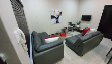 2 bedroom 1 bathroom apartment available for rent in the sought after Umhlanga Ridge 2.jpg