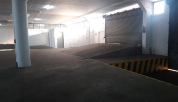 2000 m2 Prime Warehouse Space with 1000 m2 Yard in Jacobs 3.jpg