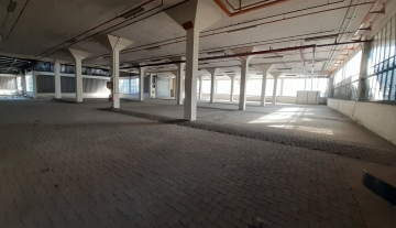 5200m Warehouse to let in Prospecton 1.jpg