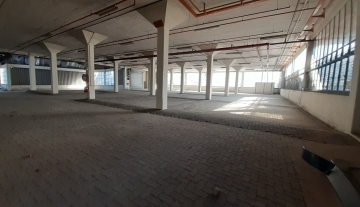 5200m Warehouse to let in Prospecton 4.jpg