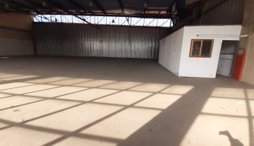 700m warehouse to let in Prospecton Durban 3.jpg