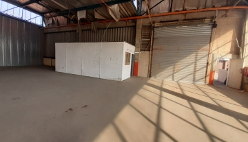 700m warehouse to let in Prospecton Durban 4.jpg