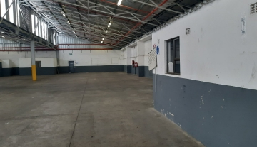 905 m2 Warehouse to rent in Mobeni 2.jpg