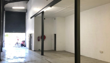 Available 217sqm warehouse To Let in Philippi 13.jpg