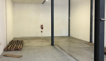 Available 217sqm warehouse To Let in Philippi 14.jpg
