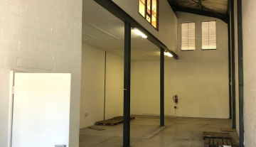Available 217sqm warehouse To Let in Philippi 6.jpg