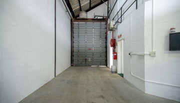 Excellent A Grade 369sqm Warehouse with Offices To Let in Paarden Eiland 5.jpg