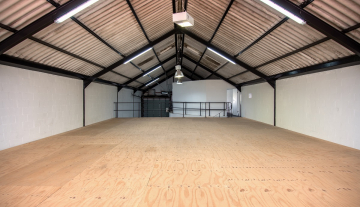 Excellent A Grade 369sqm Warehouse with Offices To Let in Paarden Eiland 9.jpg