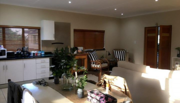 Executive Fully Serviced Apartment to rent in Durban North- Fairway Beachwood 10.jpg