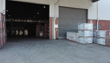 Prime Warehouse Space in Jacobs with Concrete Yard Space to let 10.jpg