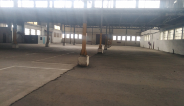 Spacious industrial property available to let in Prospecton at R60m2 10.jpg