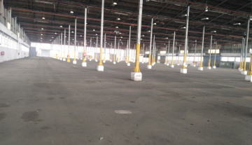 Spacious industrial property available to let in Prospecton at R60m2 7.jpg