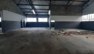 Freestanding Industrial factory to let