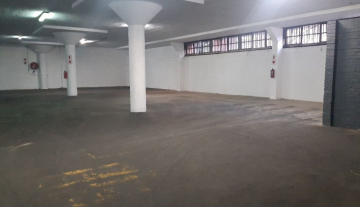 2000m2 Prime warehouse space with 1000m2 Yard in Jacobs