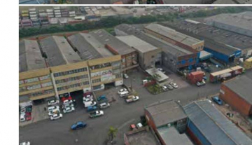 Industrial warehouse to rent in Clairwood