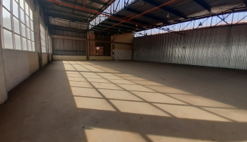 700m² warehouse to let in Prospecton, Durban