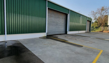 828m2 Stand alone warehouse and office to let