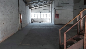 Warehouse to rent in Mobeni