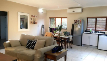 Executive, Fully Serviced Apartment to rent in Durban North- Fairway, Beachwood