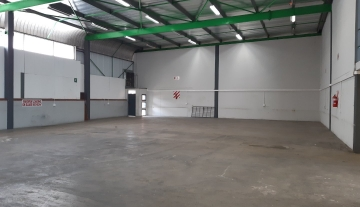 Beautifully presented factory space to let