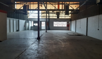 Large industrial factory available to let in New Germany